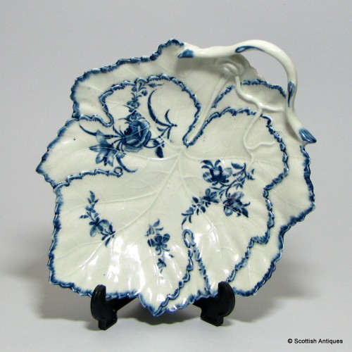 First Period Worcester Blue & White Leaf Dish c1765-70