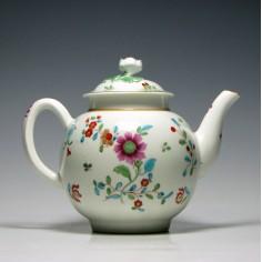 First Period Worcester Kakiemon Teapot c1770