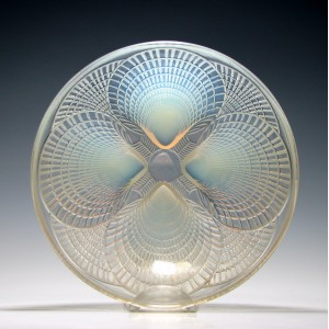 Rene Lalique Opalescent Coquilles Glass Bowl c1930