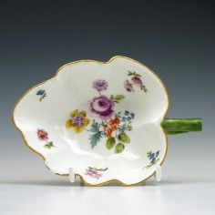 18th Century Meissen Floral Pattern Butter Boat