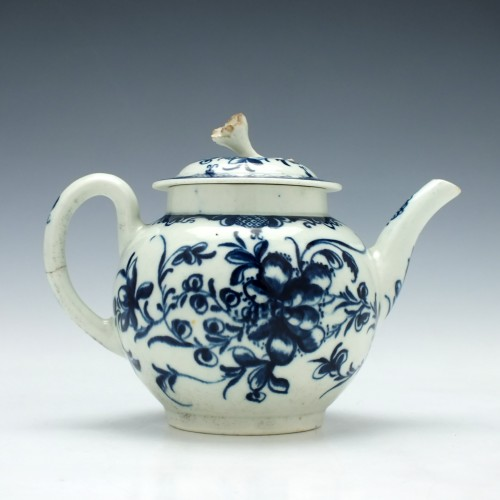 Worcester Mansfield Pattern Teapot c1770