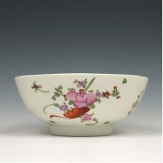 Lowestoft Rose and Cornucopia Pattern Slop Bowl c1780-90