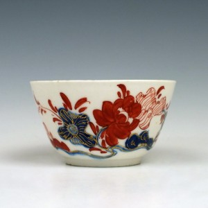 Early Bow Porcelain Hand Painted Teabowl, c1755