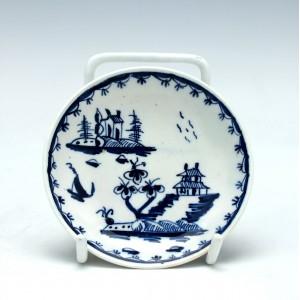Rare Lowestoft Miniature Porcelain Garden Pattern Saucer c1765
