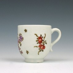 Lowestoft porcelain Rose and Cornucopia pattern Coffee Cup c1790