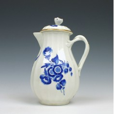 Worcester Dry Blue Sparrow Beak Cream Jug and Cover c1770