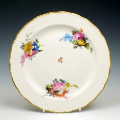Hand Painted Derby Floral Pattern Plate c1790