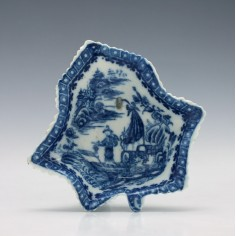 Caughley Fisherman Pattern Pickle Dish c1779-99