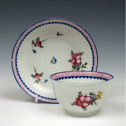 Early New Hall Porcelain Floral pattern 22 Tea Bowl & Saucer c1785