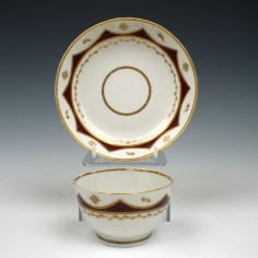 A W(***) porcelain Teabowl and saucer c1800