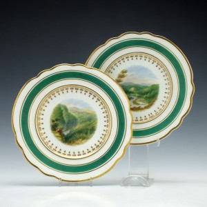 Pair of Chamberlains Worcester Porcelain Plates c1820