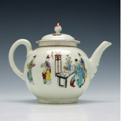 First Period Worcester Mandarin Tall Table Pattern Teapot c1770