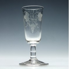 Engraved Georgian Short Stem Ale Glass c1740