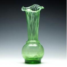 Alloa Style Green Art Glass Vase c1905