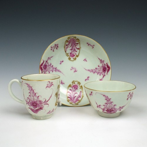 Worcester Puce Floral Pattern Trio c1770