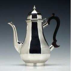 Edward VII Silver Coffee Pot London 1904