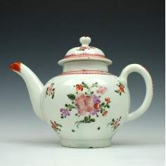 Lowestoft Porcelain Small Size Curtis Pattern Teapot and Cover c1770