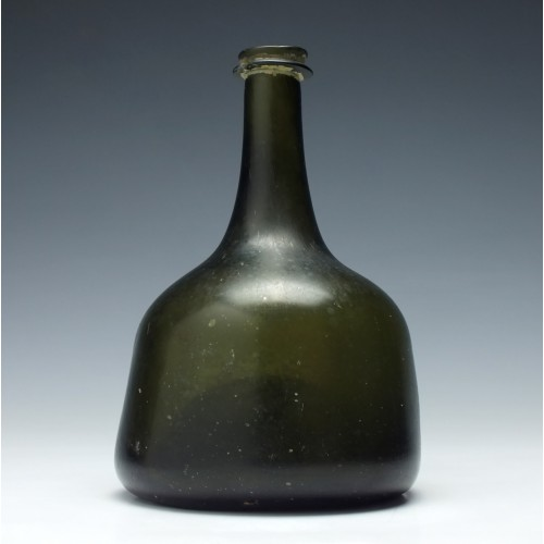 Georgian Mallet Wine Bottle c1720