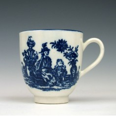 Caughley Mother and Child Pattern Coffee Cup c1780