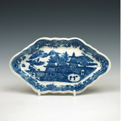 Caughley Temple pattern Spoon Tray c1790