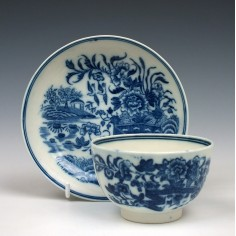 Caughley Fence Pattern Teabowl and Saucer c1785