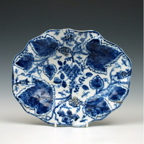 Bow Porcelain Grapevine Pattern Dish c1755