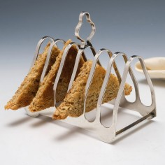 Sterling Silver Six Slice Toast Rack by Elkington & Co Birmingham 1935