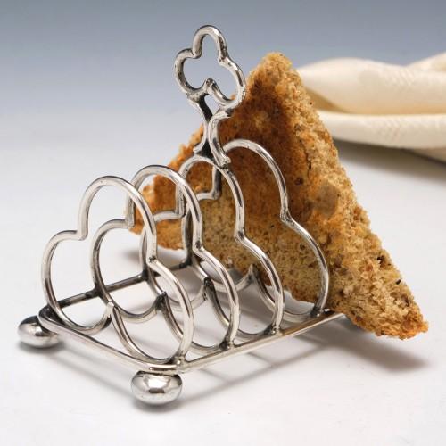 Sterling Silver Trefoil DesignFour Slice Toast Rack Birmingham 1920