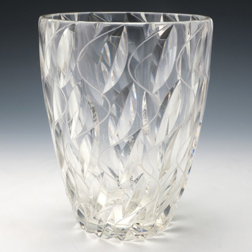 A Signed Clyne Farquharson for John Walsh Albany Pattern Vase 1940