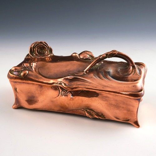 American Copper Finished Art Nouveau Trinket Box by Jennings Brothers c1910