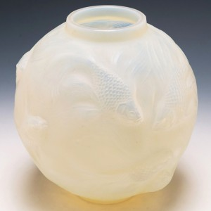 R Lalique Cased Opaescent Formose Vase Introduced 1934