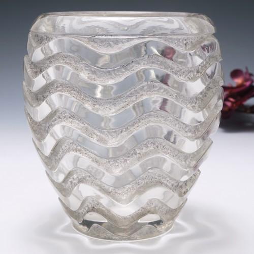 Rene Lalique Meandres Vase Designed 1934