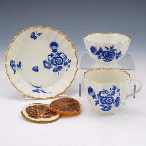 "First Period Worcester ""The Bouquets"" Pattern Trio c1773"