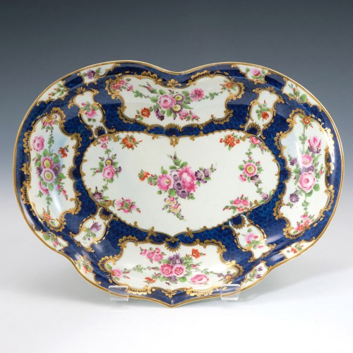 RESERVED A.B   Worcester Porcelain Scale Blue Kidney Shaped Dish c1770