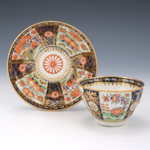 Worcester Rich Queens Pattern Tea Bowl and Saucer c1765-68