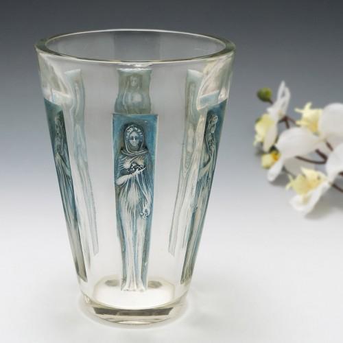 "Rene Lalique Vase ""Gobelet Six Figurines"" Marcilhac 903 Designed 1912"