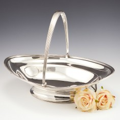 Sterling Silver Swing Handle Basket 1801