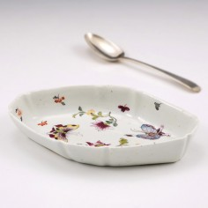 A Bow Porcelain Spoon Tray c1765