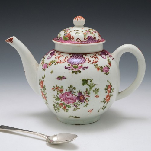 A Lowestoft  Porcelain Teapot and Cover  C1785