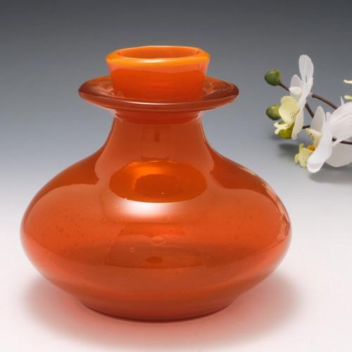 An Erik Hoglund Orange Opal Vase for Boda Glass H1657/136