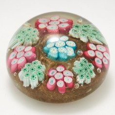 A Fratelli Toso Magnum Paperweight c1960