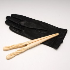 Mid 19th Century Carved Ivory Glove Stretchers
