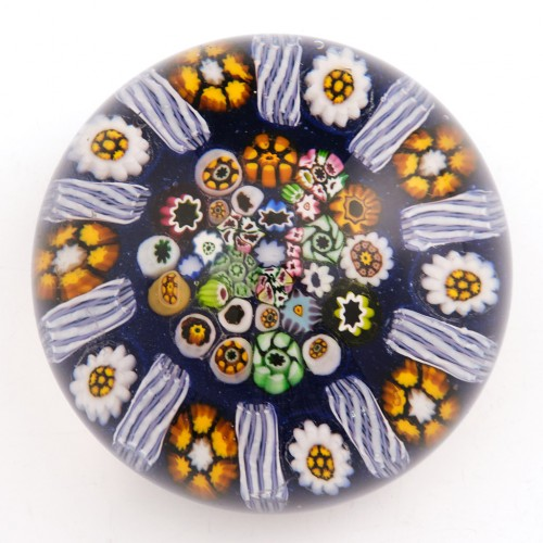 An Early Paul Ysart Complex Radial Paperweight 1940s
