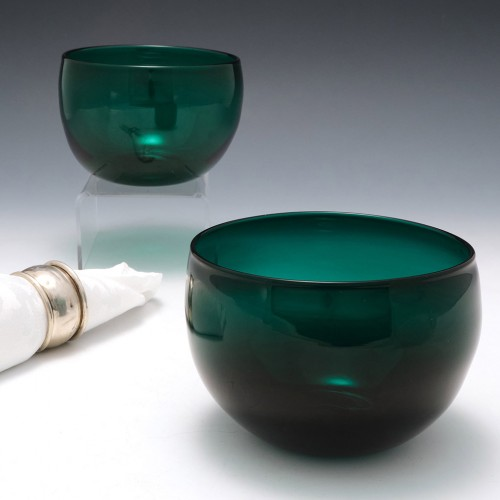 A Pair Of Green Victorian Glass Bowls c1900