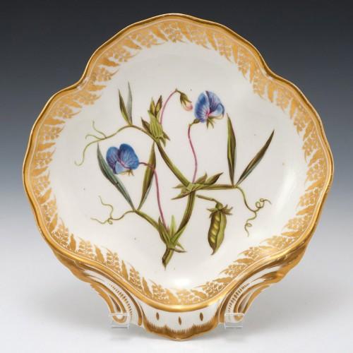 "A Derby Porcelain Botanical Dish Pattern 115 ""Blue Flowered Lathyrus"" c1795"