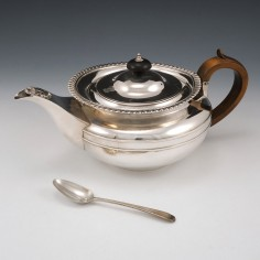 Regency Period Sterling Silver Teapot Hallmarked London 1818