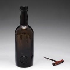 Trinity Oxford Sealed Wine Bottle c1835