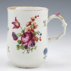 A Longton Hall Porcelain Mug c1760