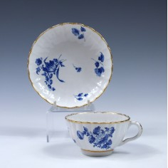 Worcester Barr Flight and Barr Teacup and Saucer c1810