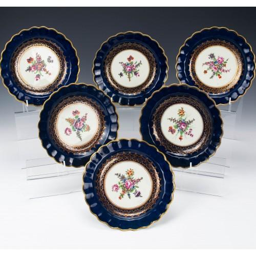 Set of Six First Period Worcester Porcelain Dessert Plates c1775